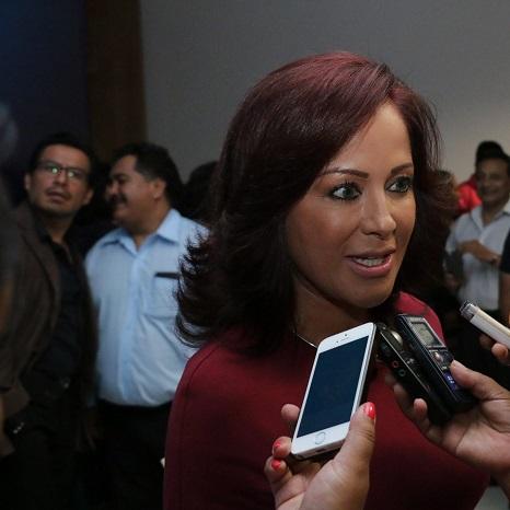 El reto para el nuevo Gobierno Estatal es crear empleos para jóvenes egresados de la universidad: Dinorah López
