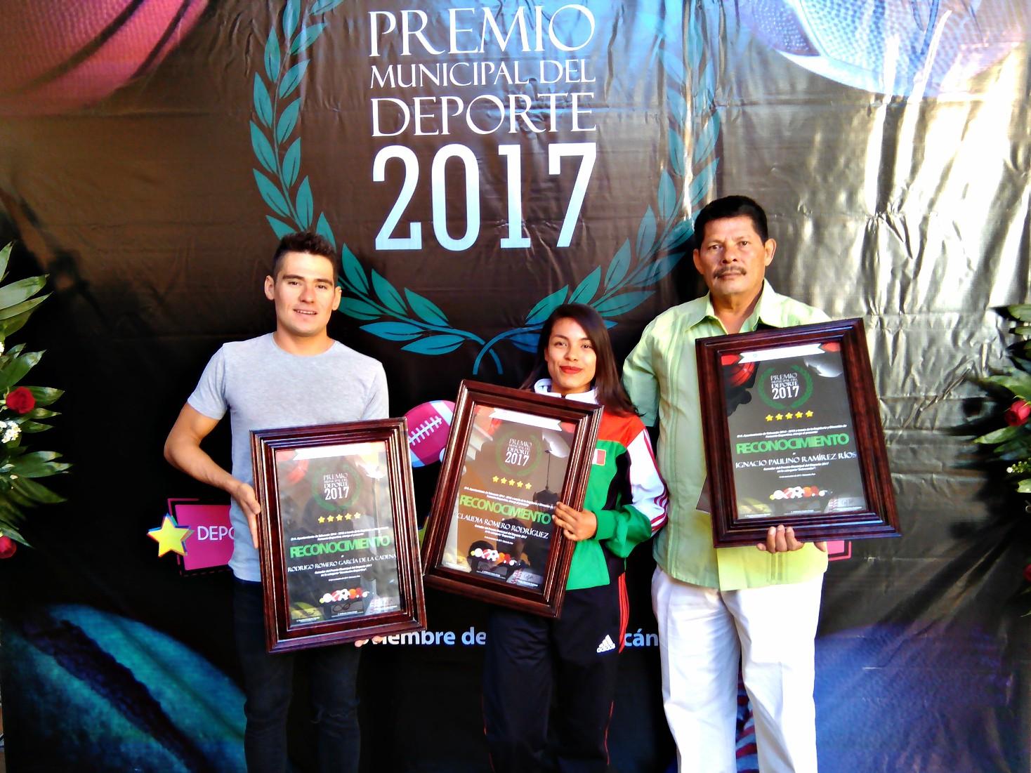 Claudia Romero Rodríguez, Rodrigo Romero García de la Cadena, Prof. Ignacio Paulino Ramírez Ríos